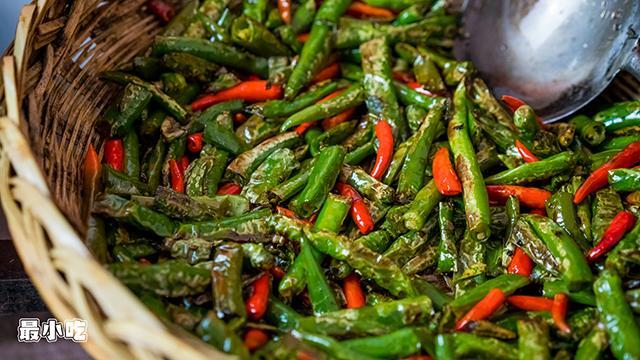 平顶山小路里的美食——烧椒面,一种你从未尝试过的辣插图4