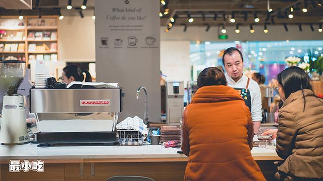 咖啡达人都来大平这家店打卡了,原因是仔细「摒挡」出的手冲咖啡插图2