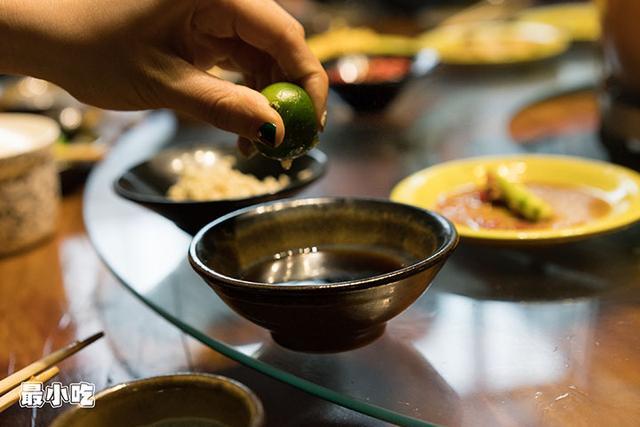平顶山这家火锅不必辣椒,用椰汁,竟然能够很好吃!插图12
