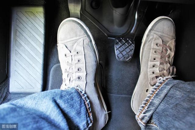 学车就是学离合,这些关于踩离合的要点一次性讲透!插图