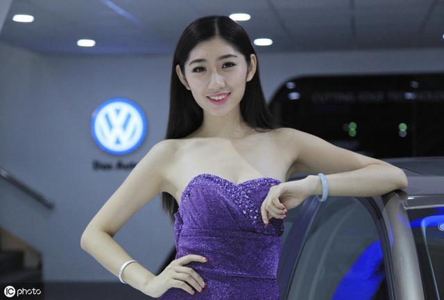 汽车美人——车模插图1