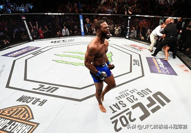 天神肉体:UFC的十大筋肉人-第10张