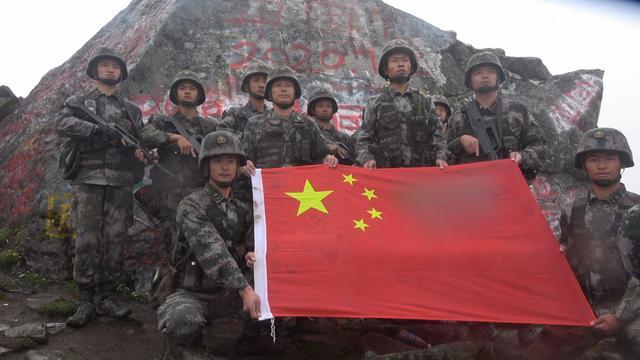 西藏军区某团:红旗迎风扬,祖国在我心-第4张