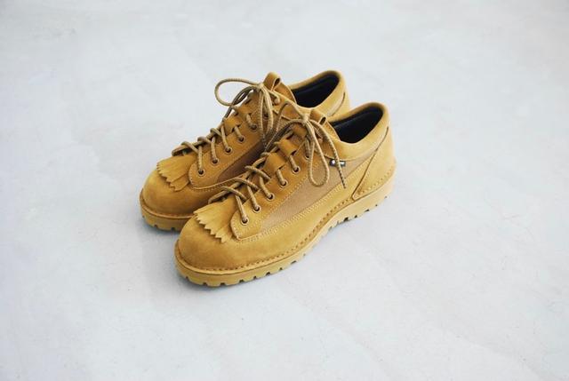snow peak雪峰與Danner丹納聯名,打造既是運動鞋又是皮鞋的登山鞋