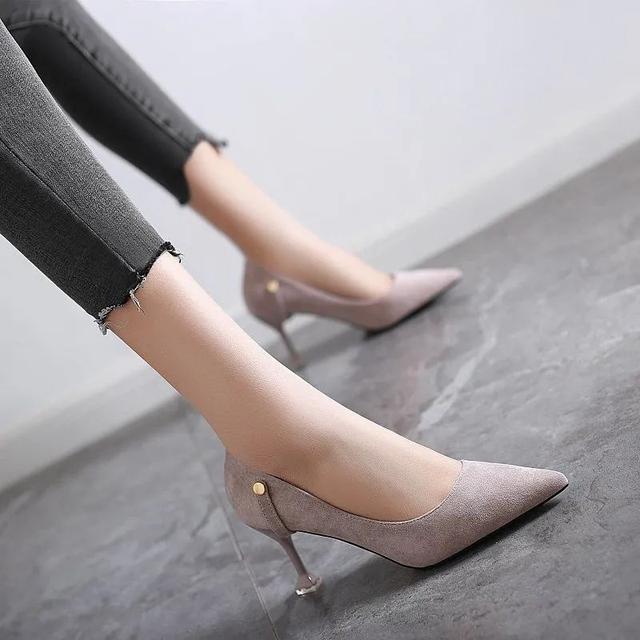 """有一种腿型叫""""高跟鞋腿"""",显腿细是真的,但粗腿也是真的-第12张"""