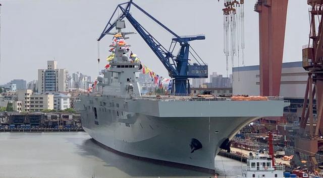 好看的军舰一定也很好用,075两栖攻击舰的颜值其实很不错-第12张