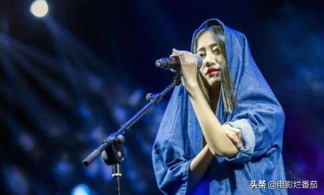 """她的播放量曾仅次于周杰伦、陈奕迅,摇滚女孩陈粒越""""野""""越通透-第2张"""