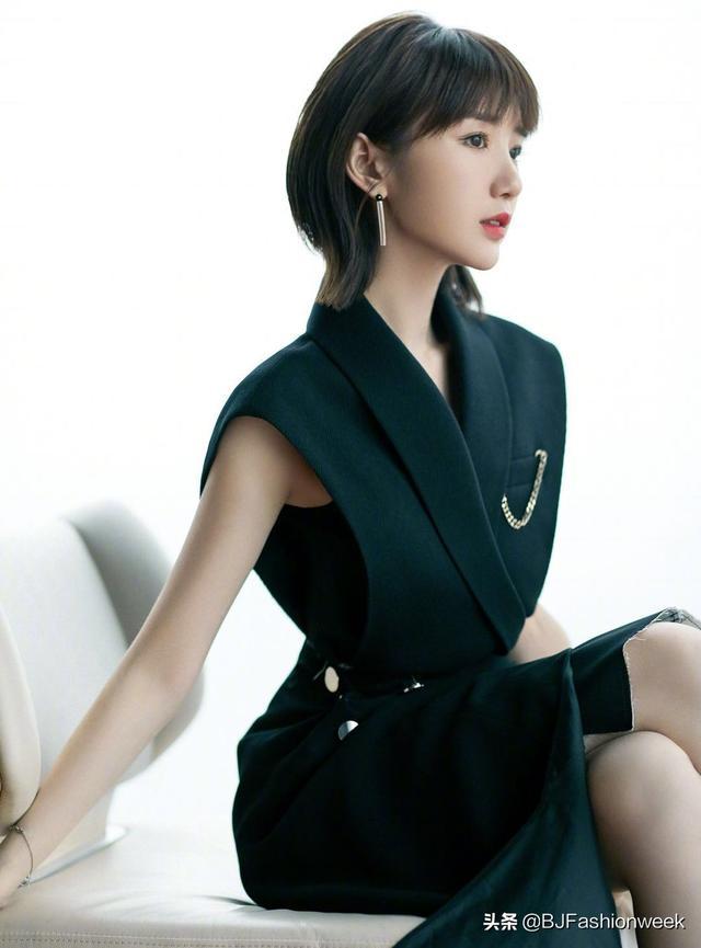 毛晓彤的穿搭超走心,隔空给造型师点个赞-第1张