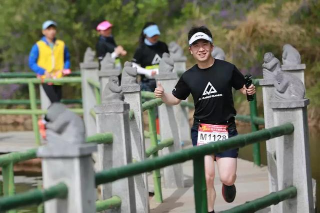"""平顶山周边5A级景区演出""""2018山地马拉松""""大赛,上万人围观!插图11"""