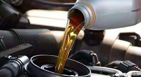 e影换机油,机油应该怎么换?掌握这些机油知识 你离老司机又近了一步