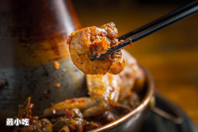 晓得你爱吃肉,特地为你引荐平顶山这家火遍全网的火锅鸡插图12