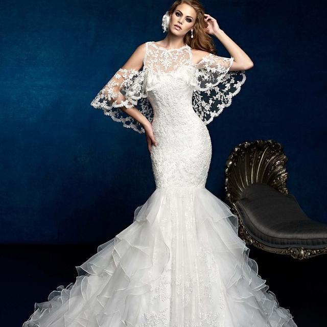 披上婚纱是每个女孩子的公主梦,穿越历史探索洁白婚纱的诞生发展-第4张