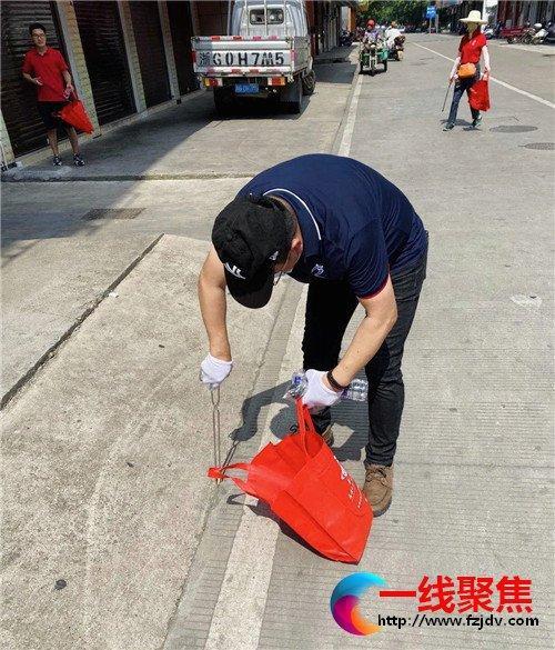 金华体校志愿者赴秋高社区参与共建服务活动