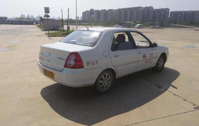 为什么很多人练车的时候没问题,一到了驾照考试就挂科?插图(3)