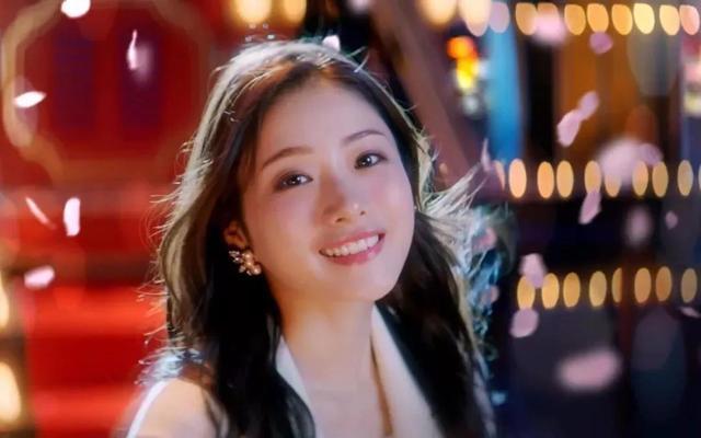 为什么女明星都笑的特别好看?48岁的人20岁的少女肌-第4张