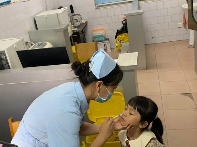 我市首批鼻喷流感疫苗来了!不注射、结果比一般流感疫苗更好、320元一支、3岁到17岁人群可接种插图4