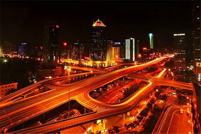 我国城市新格局:10强城市大洗牌,苏州能否坐稳前十?