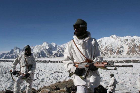 印边境士兵面临生存危机,印上将承认后勤无保证,呼吁立即撤军-第2张