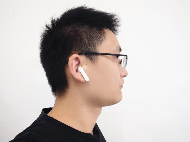 南卡真无线耳机:双麦通话降噪,半入耳无感佩戴,适合送给女朋友