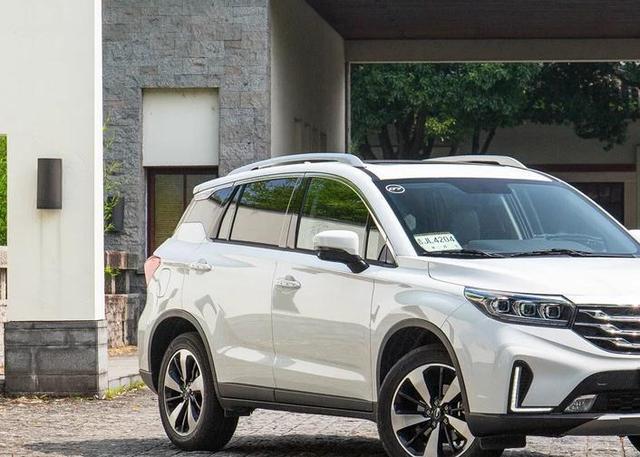 """品质实力比肩合资,传祺GS4为国产车""""正名""""!"""