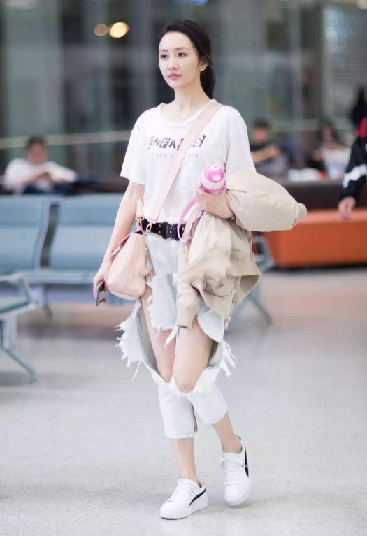 """37岁王鸥太自律,这""""女团身材""""无人可比,小腰细到单手可握-第5张"""