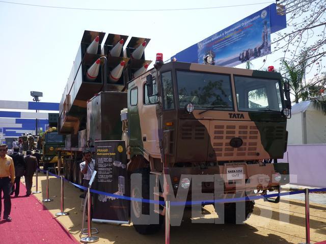 印度军队穷兵黩武,拉克达边境部署三款导弹,专家:吓唬不了中国-第2张