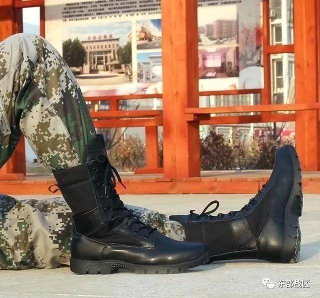 解放军新型作战靴曝光:不足一公斤 较17式减重27%-第5张