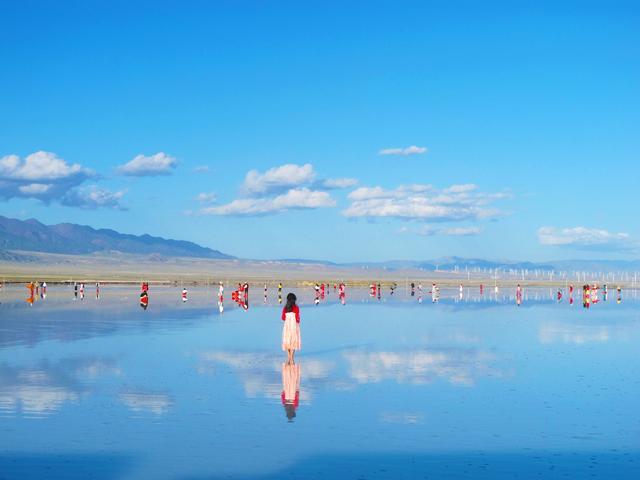 茶卡盐湖景区旅游接待迎来热浪-今日股票_股票分析_股票吧