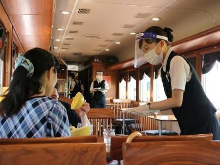 日本疫情告急 菅义伟:应处于最大限度警戒状态