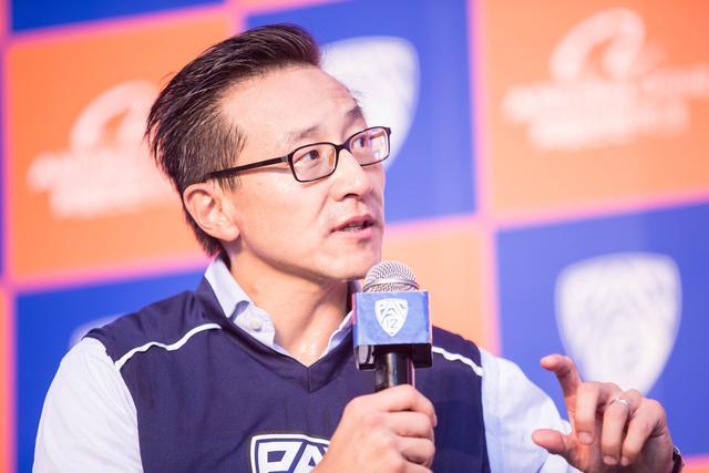 不差钱 篮网老板蔡崇信仅本周身家就增加了4亿美元
