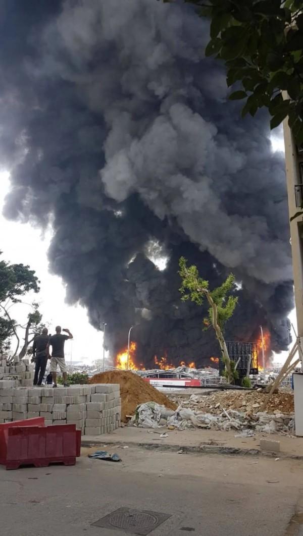 突发!大爆炸1个多月后,黎巴嫩贝鲁特港又遭大火【www.smxdc.net】