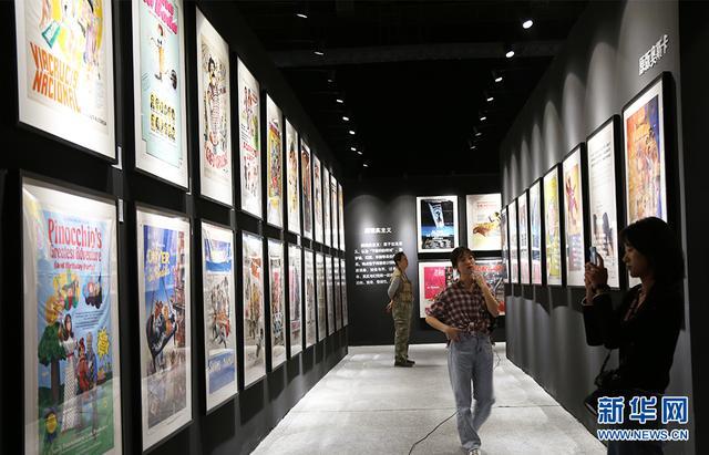 500张原版经典电影海报国内首展 方寸间感受电影海报流变-第1张