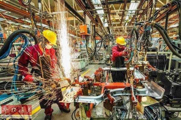 外媒聚焦:中国经济稳步复苏一枝独秀