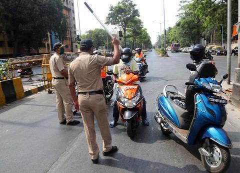 印度警察部队超15万人确诊新冠 死亡人数急剧上升