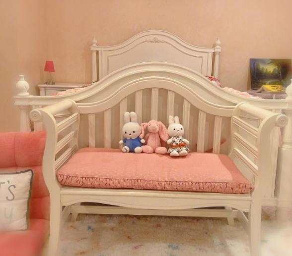演员舒畅否认隐婚生子,不过她家椅子太像婴儿床了