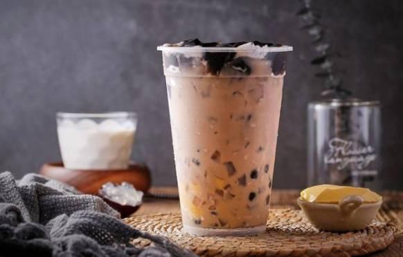 柳州一保洁员喝了一杯奶茶后突然去世,调查结果来了
