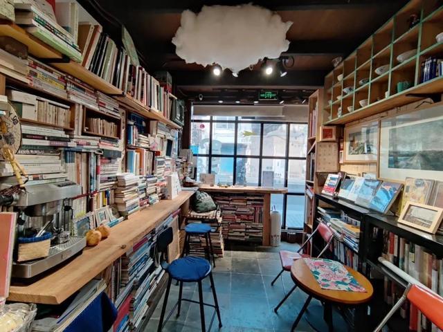 全国热搜!松江这家不借不卖的小书屋,你还没去过吗?插图7