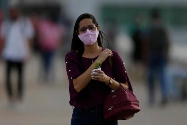应对新冠肺炎疫情给我国产生的严厉打击