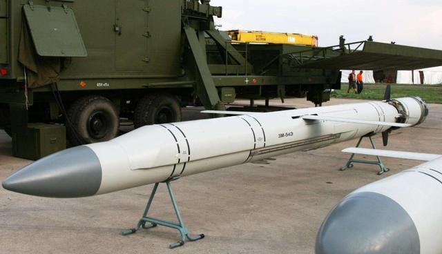 """鹰击18有多厉害?三台发动机接力点火,造就""""完美的反舰导弹""""-第3张"""