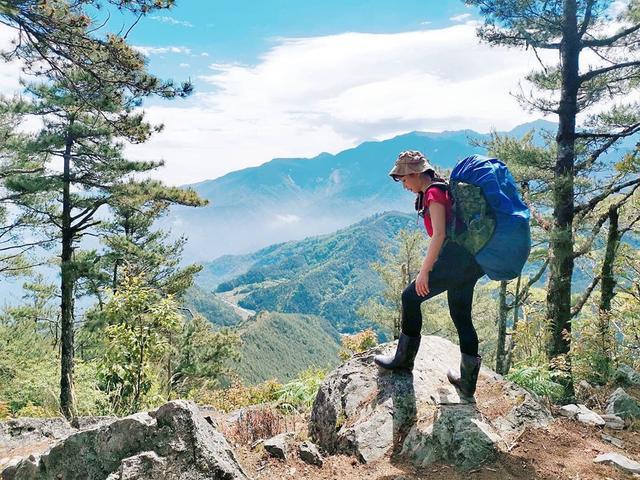 從此登山腳不再痛,教你登山如何保護膝關節