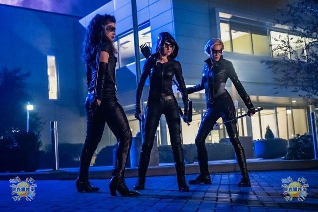 女猎手即将登场,《绿箭侠》衍生剧试播集剧照爆光