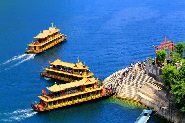 湖北宜昌(2004年):自助旅游:吃、住、行、游、购、娱