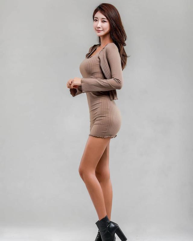 韩国高冷车模柳多妍,翘圆臀加大长腿性感魅惑,臀腿综合训练打造插图4
