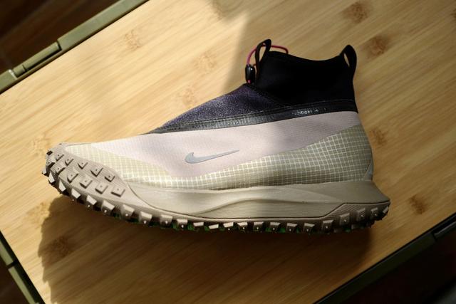 NIKE ACG全新户外鞋款强势回归,来欣赏这款可不多见的鞋