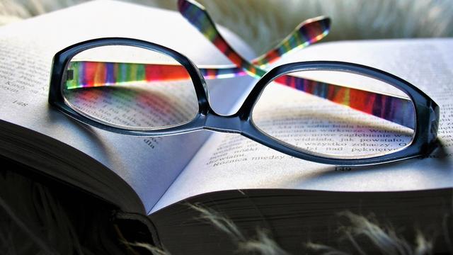 眼镜企业为什么要选择云ERP,它与传统ERP相比有哪些优势?