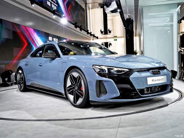 「汽车V报」全新现代名图家族正式上市;新款奔驰A级路试谍照曝光-20210301-VDGER