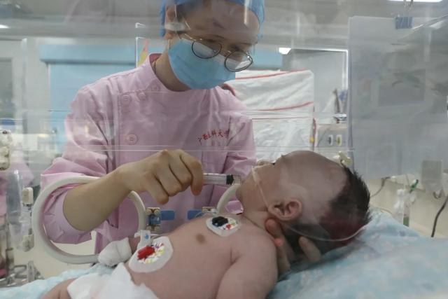 肺动脉瓣最窄 1.8 毫米,先心宝宝重生,这场手术值得点赞