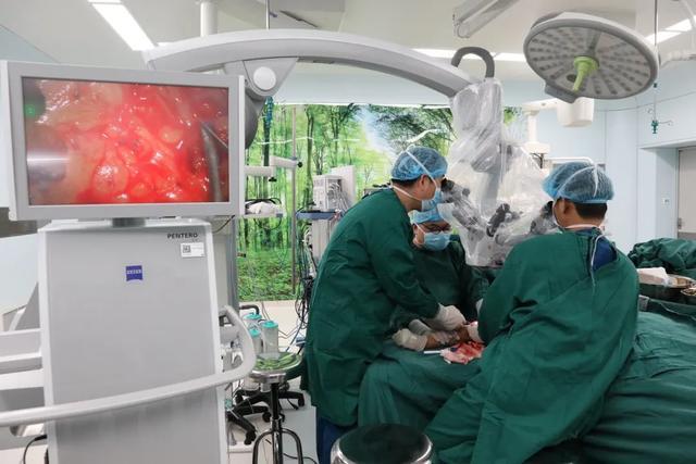 重庆市首家:「淋巴管、淋巴结——静脉吻合手术」在北部宽仁医院完成