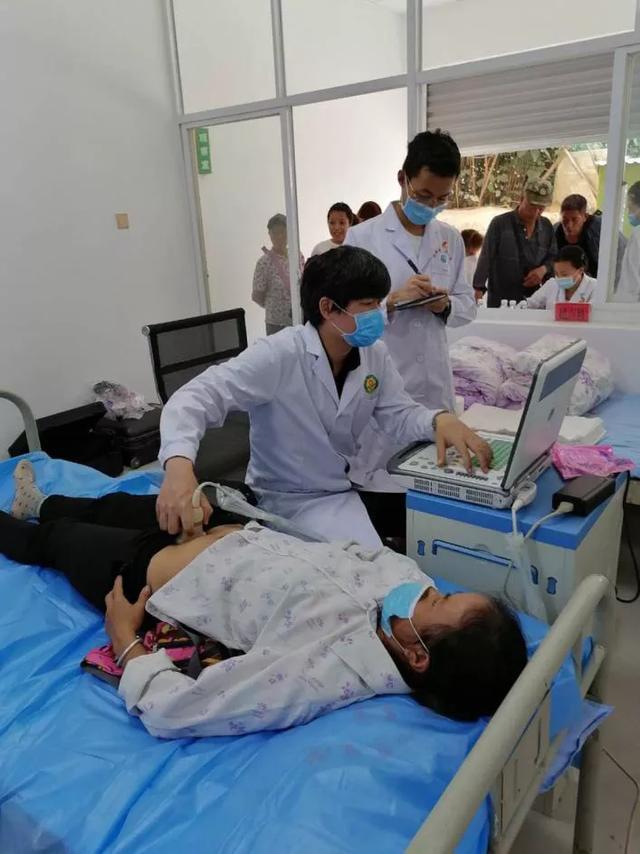 珠医团队献真情 医疗帮扶惠民生