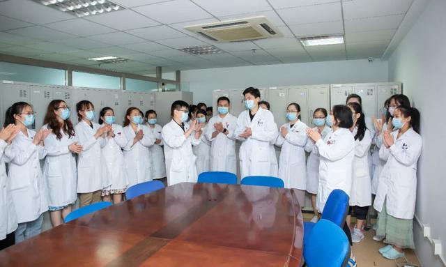 驰援新疆 陆道培医院选派检验师支援焉耆核酸检测